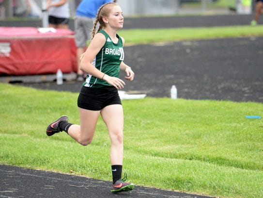 Broadway's Jessica Cantrell won both the 1,600 and