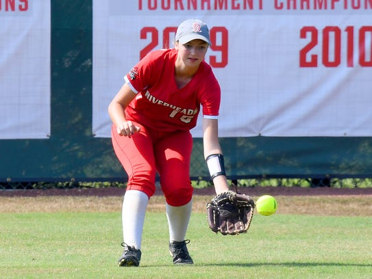 Riverheads' Sydney Phillips fields a grounder in the