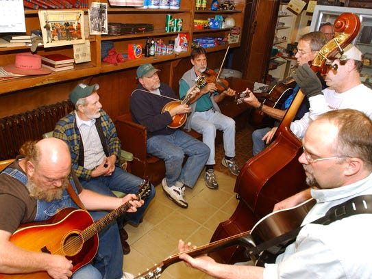 A photo from 2003 shows musicians gathering on a typical