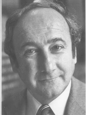 Lawrence Scalise, seen in an archive photo, was a former Iowa attorney general. He died at age 82 on Friday.