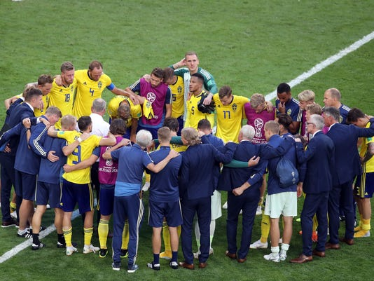 Russia_Soccer_WCup_Sweden_England_77863.jpg