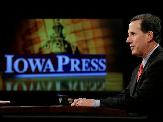 Santorum Iowa_Back.jpg