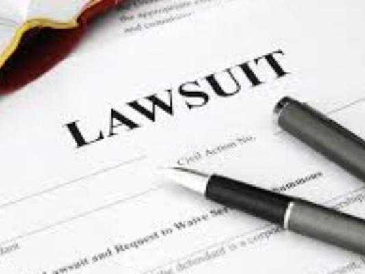 635992729830105330-lawsuit.jpg
