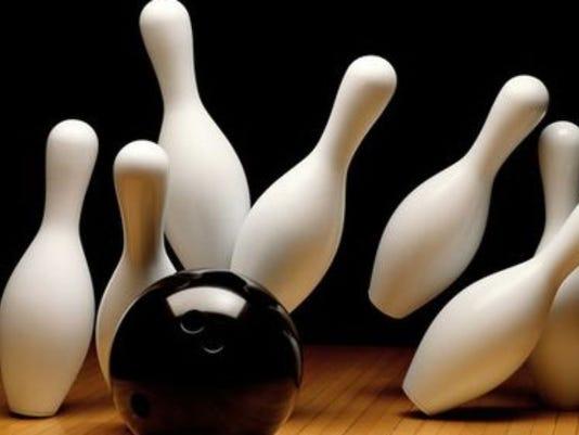 636341657359182814-Bowling1.jpg