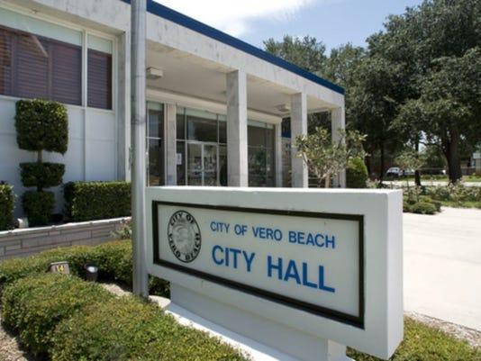 636449838843607633-vero-beach-city-hall.jpg