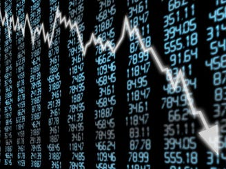 Stocks end 600 points lower on growth concerns ignited by Apple and cutback in oil production