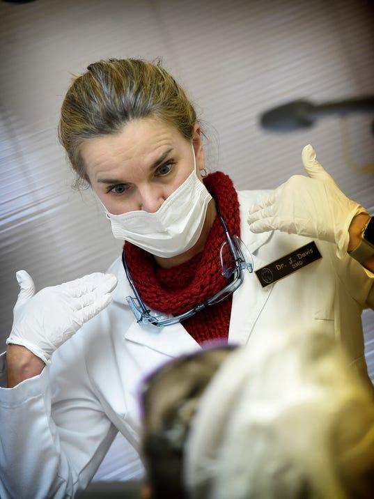 ldn-mkd-021418-dentist-12.jpg