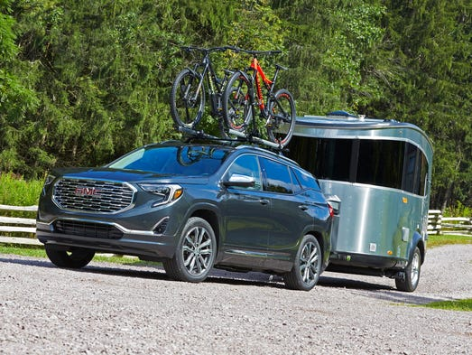 2018 gmc terrain reveal. beautiful terrain 2018 gmc terrain denali is designed to carry or haul to gmc terrain reveal