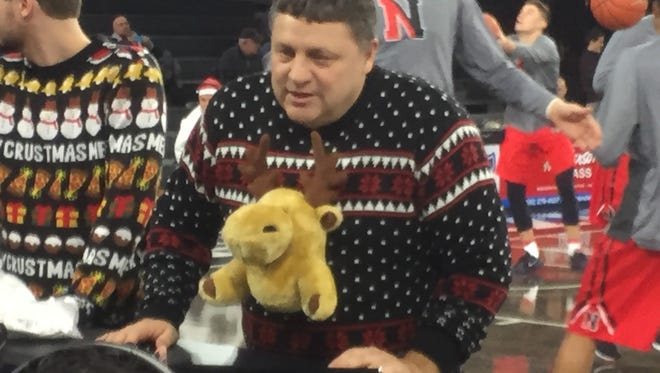 Oakland coach Greg Kampe and his, um, sweater on Tuesday in Rochester.