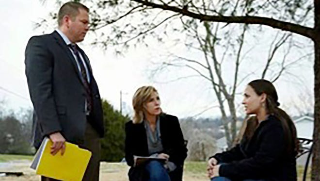Gallatin Police Department investigator Daniel Soto speaks with Cold Justice personalities Kelly Siegler, center, and Yolanda McClary about the open murder case of Lydia Gutierrez found dead by her 8-year-old son in 2010.