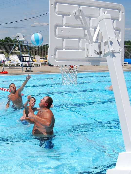 Neighbors Make Final Push To Open Independence Pool