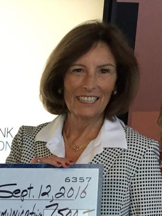 Historic Speedwell honors Jane Kurek 2017 (002)