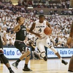 Xavier tops UC, moves to 10-0 with Crosstown Shootout win