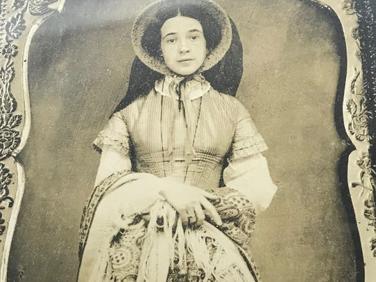 Cordelia Newton at age 17. She was the wife of Civil War hero, General Edward Bragg. The couple lived in Fond du Lac and had three children.