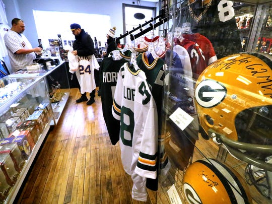 E-5 Sports, a news West Allis sports memorabilia store,