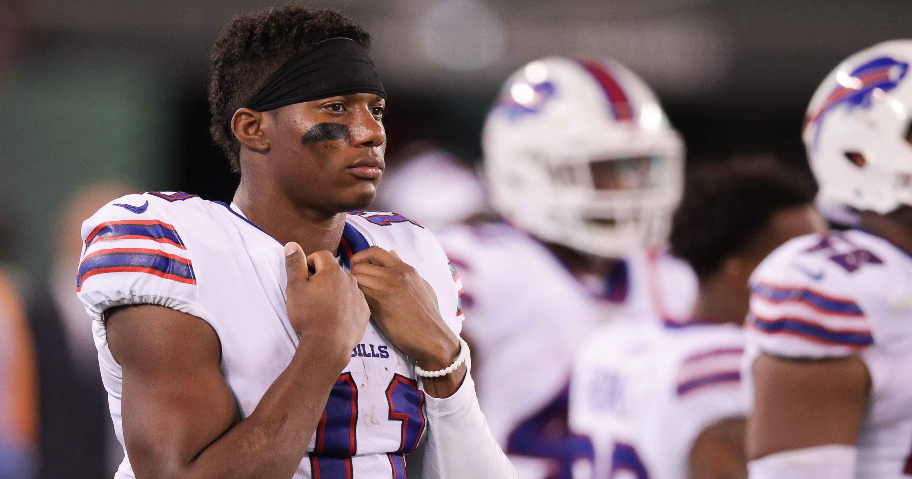 Buffalo Bills' Zay Jones arrested after naked, bloody argument