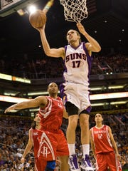 Lou Amundson in a 2010 game with the Phoenix Suns.