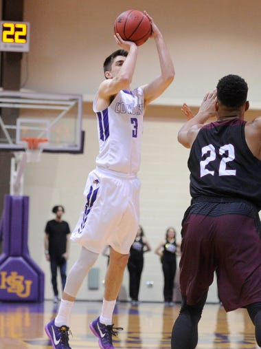 Hardin-Simmons' Caleb Spoon (3) takes a 3-point shot