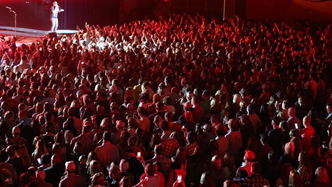 Cole Swindell performed to a standing room only crowd at the Civic Center Saturday night.
