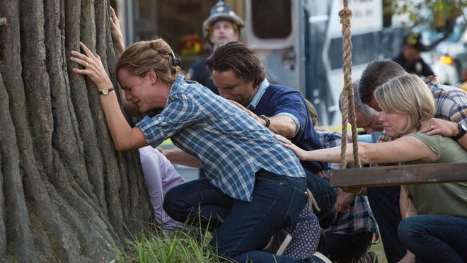 """Jennifer Garner, Martin Henderson and Kelly Collins Lintz star in """"Miracles From Heaven."""""""