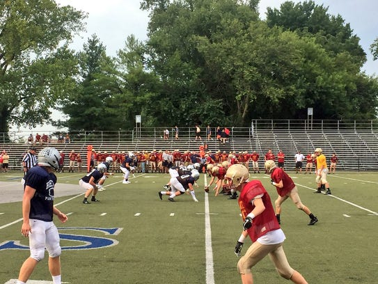 Reitz and Mater Dei scrimmaged each other Friday at