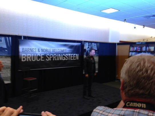 springsteen event ends in freehold 86595