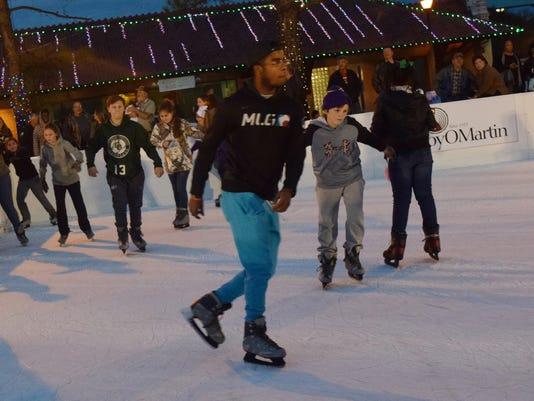 Scenes from Alex Winter Fete held Friday, Dec. 2, 2016 in downtown Alexandria.