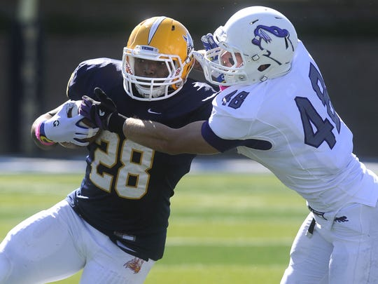 CJ Ham's 154 rushing yards led Augustana to its only win in the Key to the City rivalry in 2015