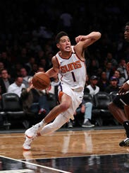 When Devin Booker slowed down against the Nets on Tuesday, T.J. Warren (not pictured) picked up the slack.