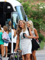People at night four of the 2018 Miss Tennessee Scholarship