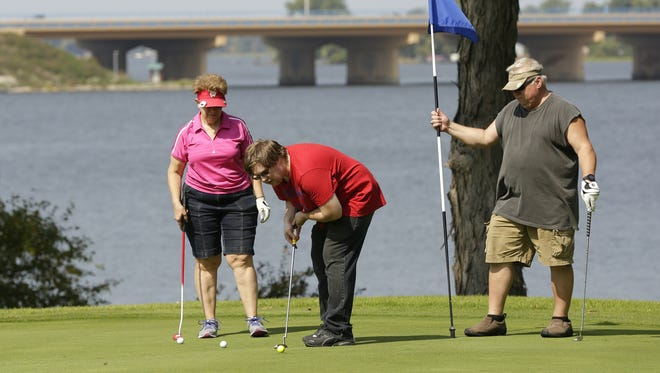 Lakeshore Municipal Golf Course is at the center of a proposal for an Oshkosh Corp. headquarters.