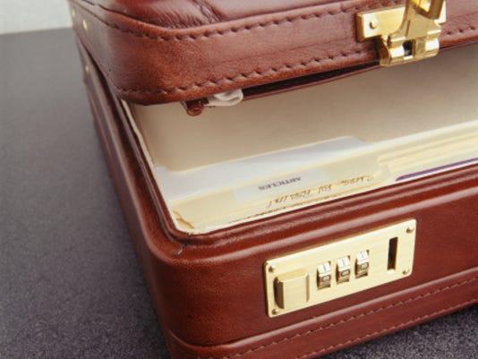 635843080920058034-open-briefcase.jpg