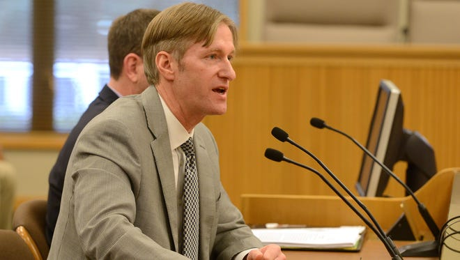 State Treasurer Ted Wheeler speaks at a hearing in 2014. He has spearheaded an effort to make retirement savings easier for Oregonians that resulted in House Bill 2960.