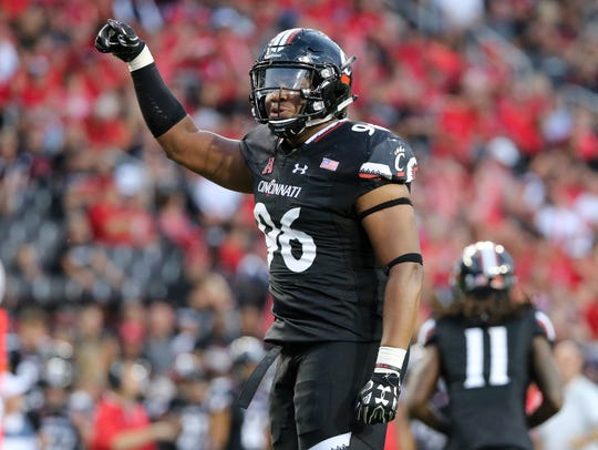 Cincinnati Bearcats defensive tackle Cortez Broughton