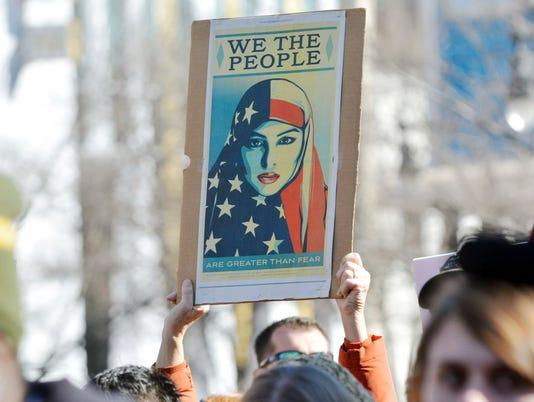 AP AMERICAN MUSLIMS-TRUMP A USA NC