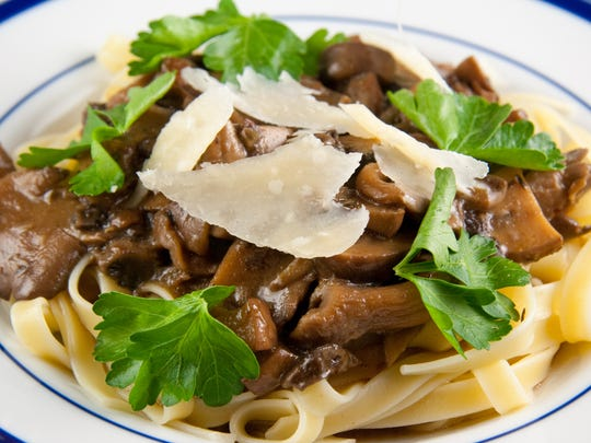 Linguine with Beer and Mushroom Sauce