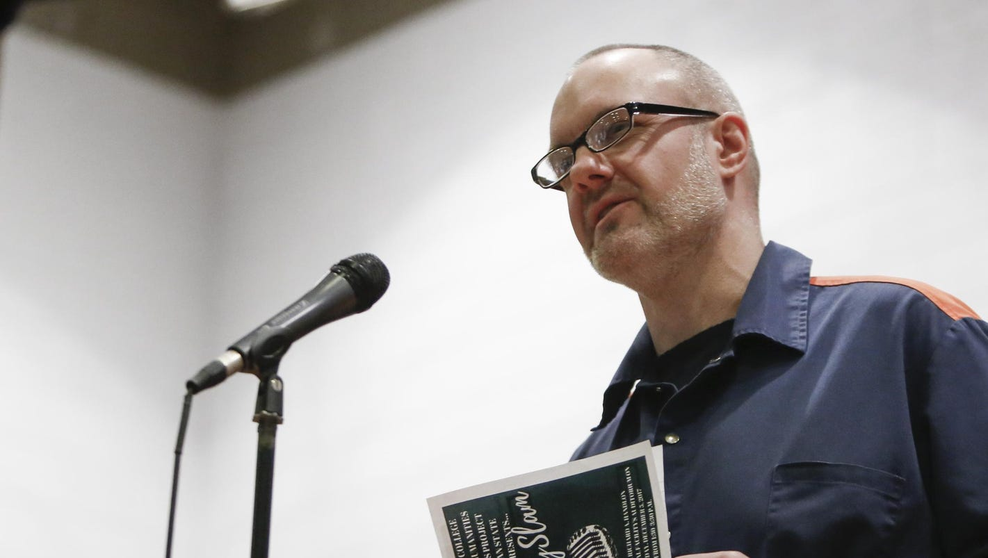Poetry brings prisoners, students together