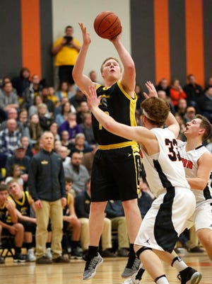Owen Theune and Waupun will look to start its season 2-0 when the Warriors travel to Valders on Friday.