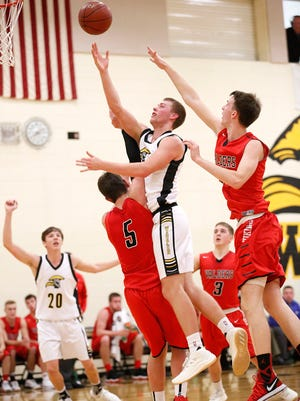 Waupun High School boys basketball's Marcus Domask shoots a basket against Valders Friday December 1, 2017 in Waupun. Doug Raflik/USA TODAY NETWORK-Wisconsin