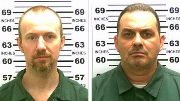 Convicted murderers David Sweat (L) and Richard Matt (R) who escaped from the maximum security Clinton Correctional Facility