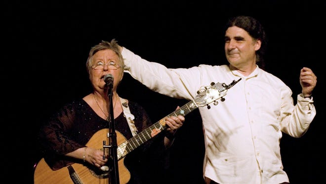 Christine Lavin and Don White perform Saturday night in Oxford.