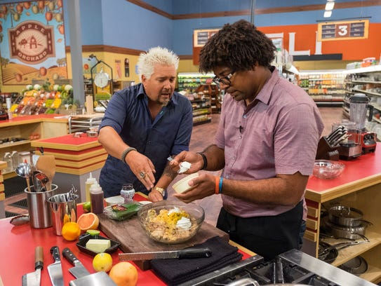 "Stephen Jones won $30,000 in Food Network's ""Guy's Grocery Games: Impossible"" in 2016."