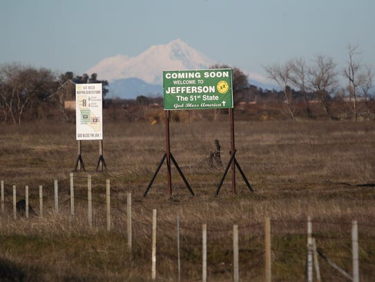 A State of Jefferson sign along Interstate 5 near Willows.