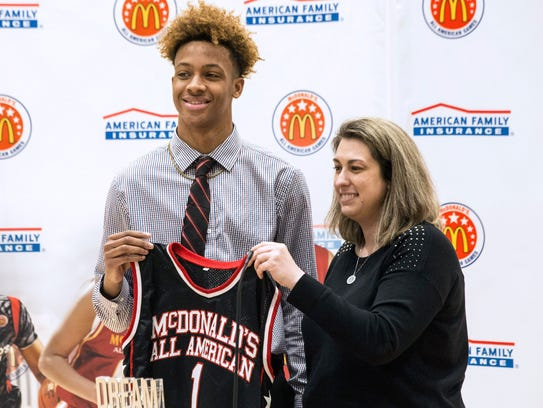 New Albany basketball standout Romeo Langford received