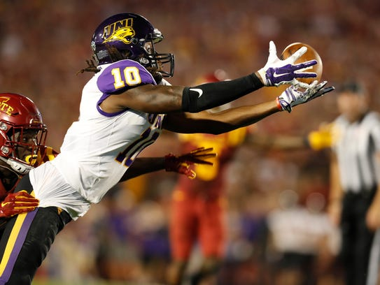 UNI wide receiver Daurice Fountain can't hold onto