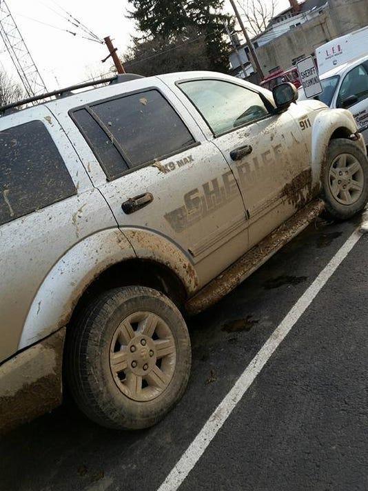 635914942932885536-Union-County-muddy-chase.jpg