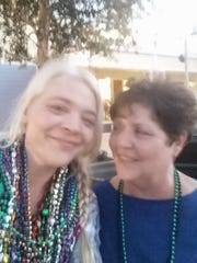 Mary Lee Versemann Gray (left) and her mother Alice.