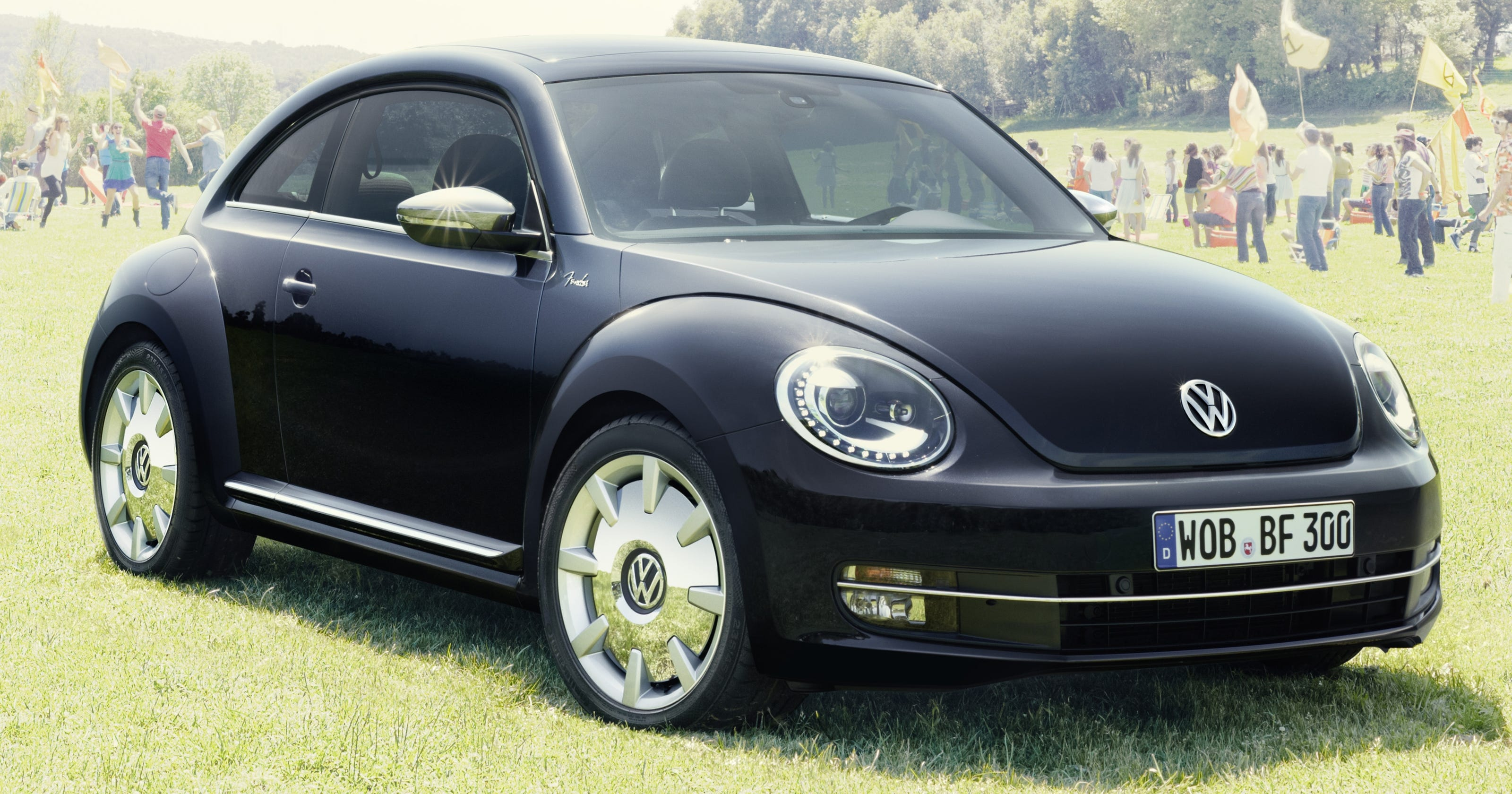 Vw Recalls Upscale Beetle For Airbag Danger For Kids