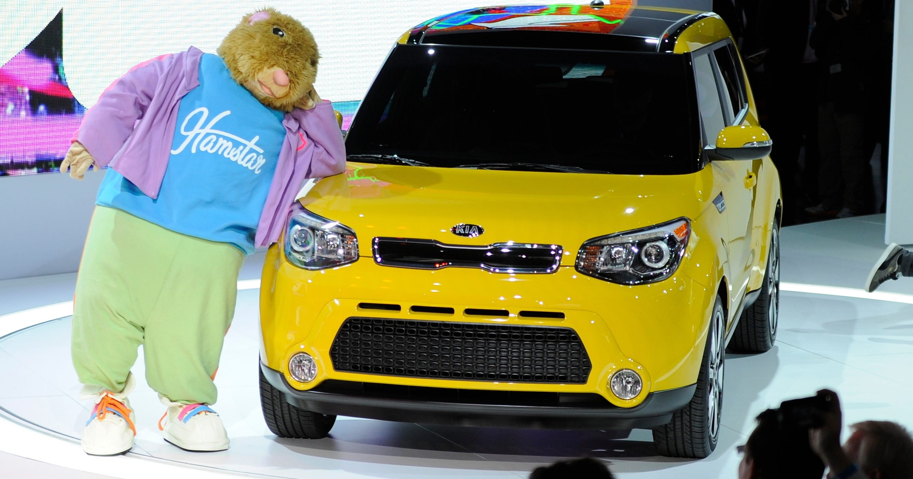 Kia Uses Hamstar Hamsters To Remind That It Still Has Soul