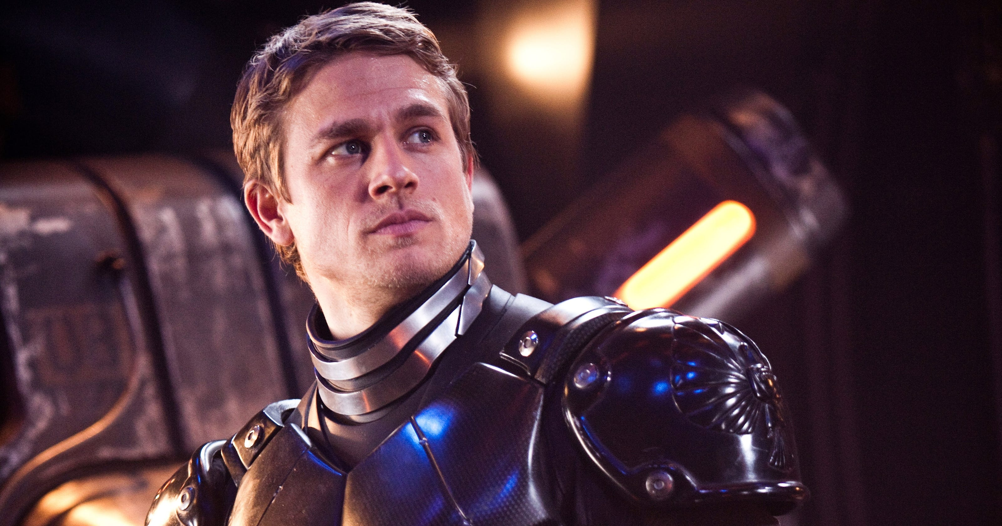 Charlie Hunnam brings swagger to world of 'Pacific Rim' Pacific Rim Cast